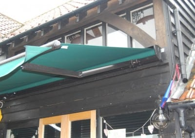 awnings-ashlyns-farm-shop-ongar-essex-01