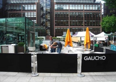 cafe-banner-and-giant-parasol-gaucho-london-03