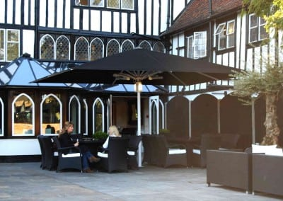 giant-heated-parasols-sheesh-restaurant-chigwell-essex-06