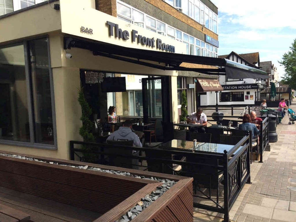 Commercial Awning – The Front Room – Chingford Essex