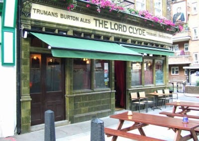 retractable-awnings-the-lord-clyde-pub-london-05