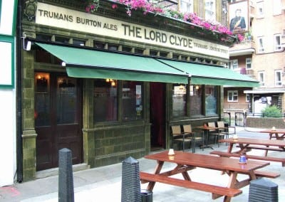 retractable-awnings-the-lord-clyde-pub-london-06
