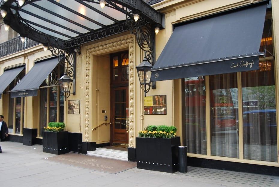 Victorian Awnings London - Waldorf Hotel   Alfresco ...
