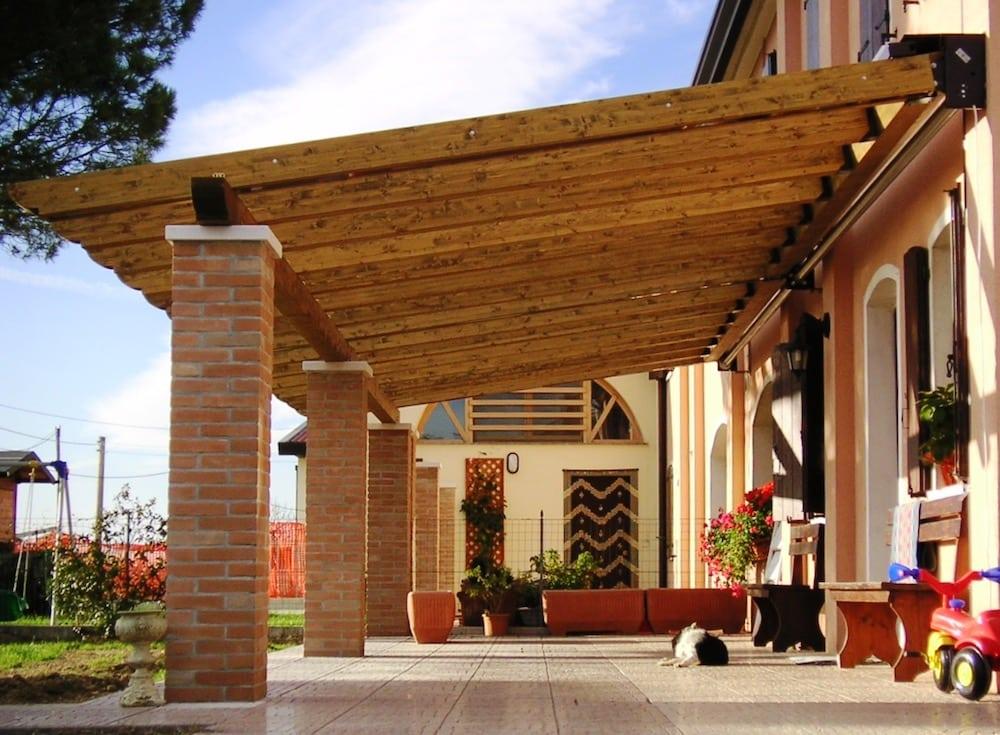 Pergola & Enclosed Awnings | Alfresco Solutions Europe Ltd