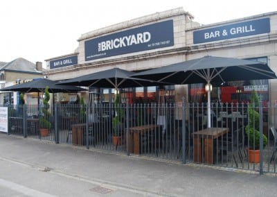 Commersial-parasol-brickyard-romford-03
