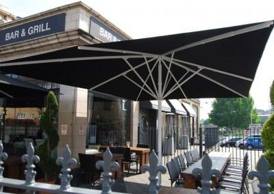 Commersial-parasol-brickyard-romford-10