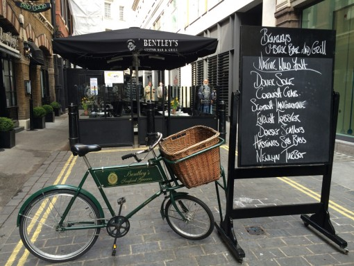 Commercial Parasols – Bentleys – Piccadilly – London