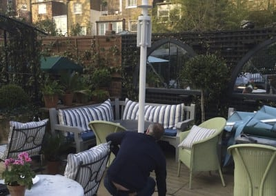 commercial-parasol-the-ivy-chelsea-02