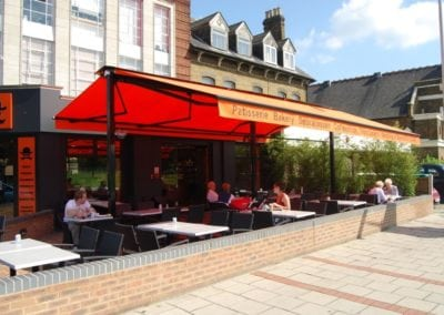 Retractable Awnings and Butterfly Awnings Wanstead and Chingford 2