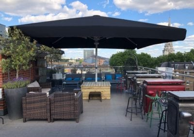 The Courthouse Hotel 4Metre Square Umbrellas